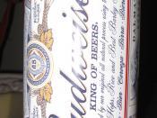 English: A tin of Budweiser beer Deutsch: Eine Büchse Budweiser Bier.
