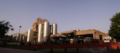 English: Amul Plant at Anand featuring the High capacity Milk Silos