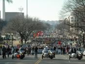 English: March for Life crowd shot of the beginning of the march in Washington, D.C. taken January 22, 2009. This year's weather was 42 degrees and clear, bringing crowds in the tens of thousands, according to the Associated Press and upward of 420,000 (e