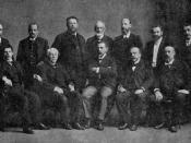 Fotografía de los miembros de la Corte Suprema de Justicia de Chile, hacia 1908.