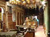 English: An antique shop showcasing Jewish remnants of Kochi, India.