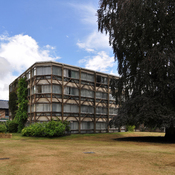 English: Garden building, St. Hilda's college, Oxford 1967-1970. Architects: Peter and Alison Smithson (1923-2003 & 1928-1993).