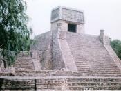 English: Pyramid at Santa Cecilia Acatitlan, Tlalnepantla de Baz, Mexico State, Mexico Español: Piramide de Santa Cecilia Acatitlan, Tlalnepantla de Baz (Estado de México)