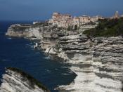 English: Bonifacio above the sea