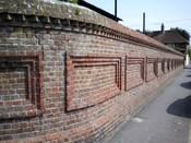 English: Brick wall of Hailsham cattle market, Hailsham, East Sussex, England.