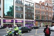 English: PC World, Kensington High Street, London. Svenska: PC World, Kensington High Street, London.