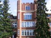 Westmount School (1913) in the neighbourhood of Westmount, Saskatoon. Original URL: http://www.westmountcommunity.org/images/stories/photos/westmount_neighborhood/westmount.jpg Author: Westmount Community Association Author's permission forwarded to permi
