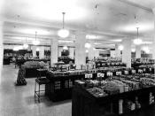 English: Grocery department in basement of T. Eaton's company, Calgary, Alberta, Canada.