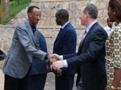 English: President Kagame and Paul Farmer at Butaro opening.