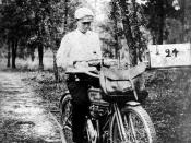 Rural mail carrier Claude G. Varn on a Harley Davidson motorcycle: Bartow, Florida