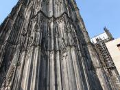 English: A homeless on the corner of Cologne Cathedral, Germany, 2010