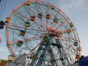 Photograph of the Wonder Wheel located on Coney Island