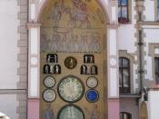 English: Astronomical clock at town hall in Olomouc (Czech Republic). Česky: Olomoucký orloj (v Olomouci). Français : Horloge astronomique au beffroi de l'hotel de ville d'Olomouc.