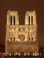 English: A night sight of the Notre Dame de Paris cathedral on the Île de la Cité island in Paris, France. Français : Vue nocturne de la Cathédrale Notre-Dame de Paris sur l'Île de la Cité à Paris (France). Tiếng Việt: Nhà thờ Đức Bà Paris trên đảo Île de