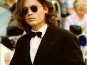 English: Johnny Depp in Cannes in the nineties.