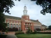 English: Photo of the Edmon Low Library at Oklahoma State University, Stillwater, OK, USA