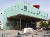 A Southwark council One Stop Shop is housed in Peckham Library.