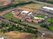 English: Aerial view of Eastern Oregon Correctional Institution in Pendleton, Oregon. Français : Vue aérienne du Eastern Oregon Correctional Institution, prison à Pendleton, Oregon.