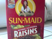 Box of Sun-Maid raisins