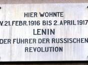 Zürich, Spiegelgasse 14 : Memorial plate at the former home (21st Febr. 1916 - 2nd April 1917) of Wladimir Iljitsch Uljanow Lenin (* 1870; † 1924).