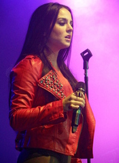 English: Joanna Levesque, better known as JoJo performing on the Joe Jonas & Jay Sean Tour as the opening act