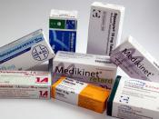 English: Methylphenidate packages from several german generic drug manufacturers. Deutsch: Methylphenidat-Arzneimittel diverser deutscher Generikahersteller.