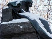 A statue of Gogol in Moscow