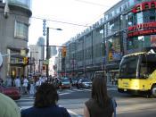 English: Yonge & Dundas Streets, Toronto, Ontario, Canada.