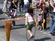 English: Girl playing jump rope
