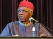 English: Chinua Achebe speaking at Asbury Hall, Buffalo, as part of the