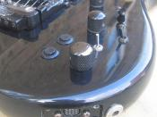 Steinberger Sceptre electric guitar - controls and outputs