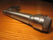 US664A University Sound Dynamic Supercardioid Microphone