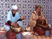 English: The production of argan oil by traditional methods. Polski: Wytwarzanie oleju arganowego metodami tradycyjnymi.