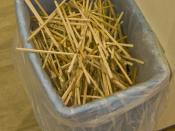 English: Disposable chopsticks in the cafeteria of Waseda University, Japan Deutsch: Wegwerf-Esstäbchen in der Mensa der Waseda-Universität, Japan