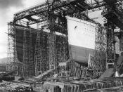 English: RMS Olympic and RMS Titanic under construction in Belfast, Ireland, ca. 1910