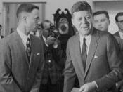 Gump with President John F. Kennedy. A variety of visual effects were used to incorporate Tom Hanks into archive footage with various historical figures and events.