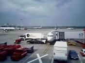 Deutsch: Catering einer Maschine der Lufthansa durch Lufthansa Service Group - LSG Sky Chefs. Eigenes Foto. 29.07.2005