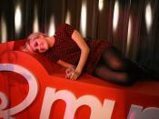 English: Pixie Lott making an appearance at Q-music radio station