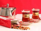 İnce belli çay bardağı