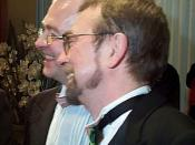 English: Michael Hendricks (right) and René Leboeuf, photo showing both their faces. Taken at their wedding (the first same-sex marriage in Quebec), 1 April 2004. Photo by Montrealais.