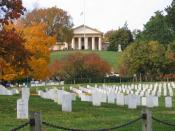 English: Arlington House also known as the Robert E. Lee Memorial in Arlington National Cemetery. Section 32 of the cemetery is in the foreground.
