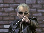 Billy Bob Thornton, pointing at photographer taking this photo, South By Southwest 2008. :
