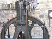 DM 12 — Stationary One-cylinder Diesel Engine (MAN, Augsburg, 1906, 9 kW) first generation. Українська: DM 12 – Стаціонарний одноциліндровий двигун Дизеля (MAN, Ауґзбурґ, 1906, 9 kW) перше покоління. Photographed at the Franziskanermuseum in Villingen-Sch