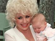 Dolly Parton at the Kahala Hilton Hotel, Honolulu, Hawaii