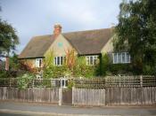Photograph of the building at 20 Northmoor Road, Oxford, England, former home of the author J. R. R. Tolkien (1930 - 1947). Español: Fotografía del edificio del 20 de Northmoor Road, en Oxford (Inglaterra), hogar del escritor J. R. R. Tolkien de 1930 a 19