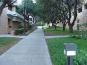 English: UTHSCSA, San Antonio, next to Nursing School