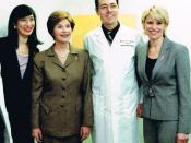 English: Andrea Jung, First Lady Laura Bush, Dr. Richard Pestell, Kathleen Walas