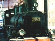 English: Locomotive Hk1 #293 at Finlyandsky Rail Terminal, St. Petersburg, Russia :Lenin arrived in St. Petersburg by train pulled by this engine on 3 April 1917, to start the October Revolution. Originally owned by Finnish State Railways, the steam locom