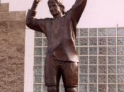 A statue, located outside Rexall Place in Edmonton, honouring Wayne Gretzky.