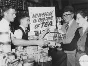 English: Customers buying up tea before the price rise, Brisbane, 1954 Young shop assistants in Barry and Roberts grocery store, Queen Street, Brisbane, selling stocks of tea to customers after the announcement that the price was to be increased by 1/- a